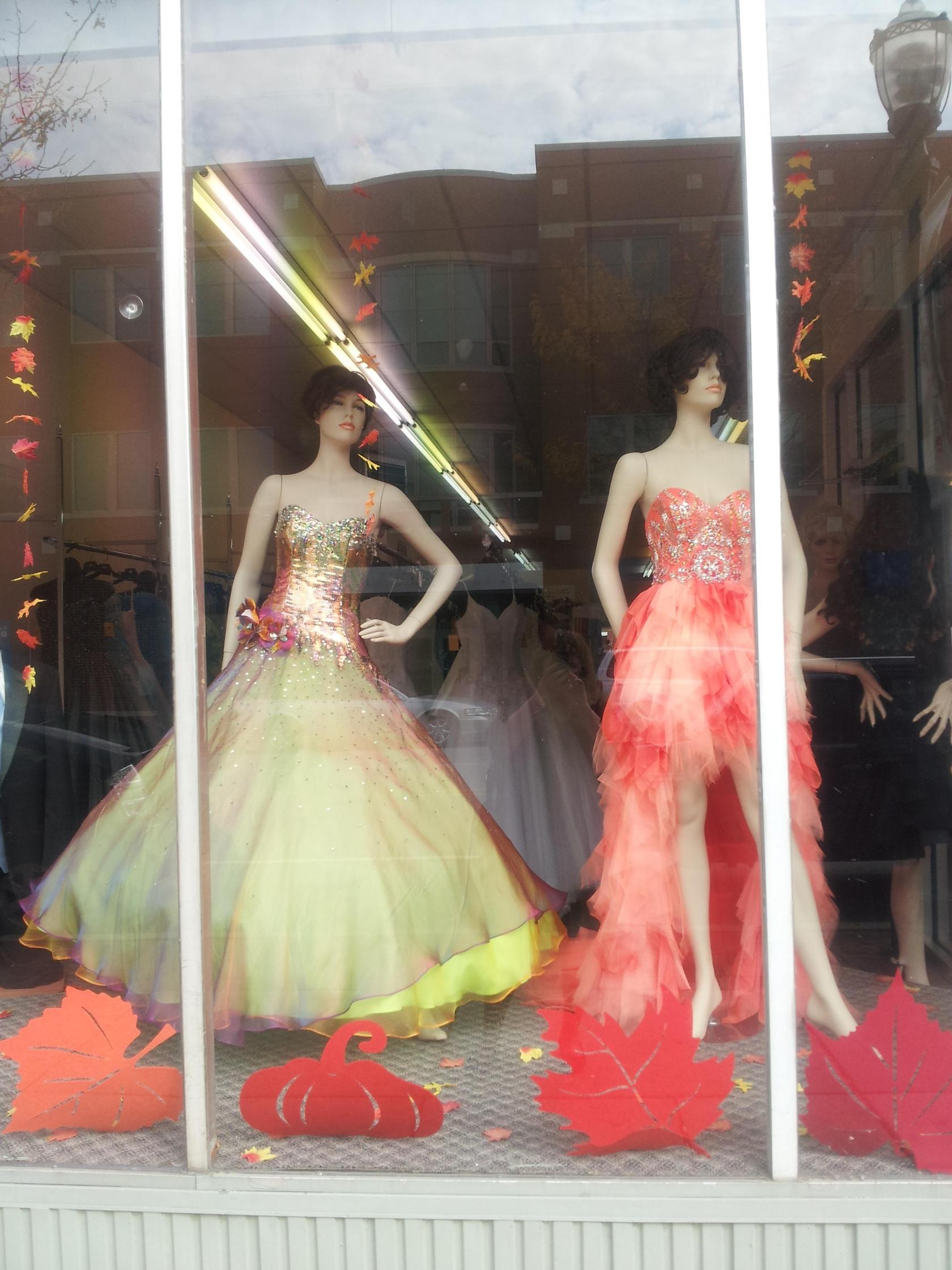 Worlds Ugliest Dresses - Clarissas Blog
