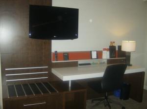 Delta Hotel (2)